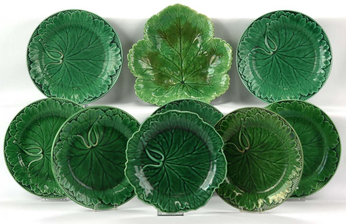 "Majolica lot of 3 dark green plates, 8"""