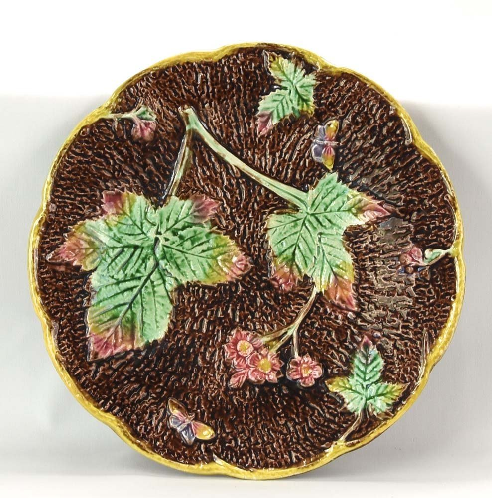 """Majolica rustic tree bark plate with butterfly, 8 1/2"""""""