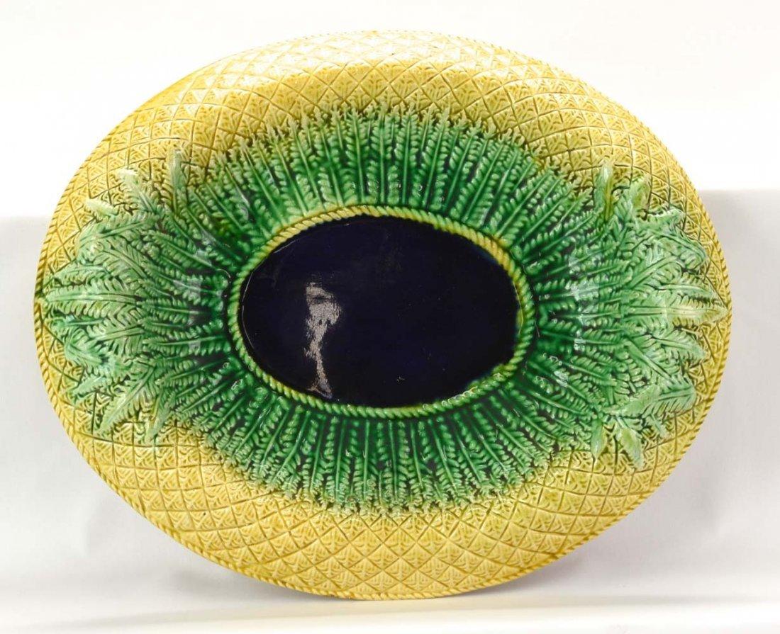 """Majolica pineapple platter with cobalt center, 13 1/2"""""""