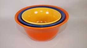 Hall Radiant Ware 3 Piece Mixing Bowl Set In Fiesta