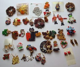 Lot Of Holiday Pins And Jewelry