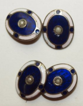 Pair Of Art Deco Enameled Cuff Links With Center Pearl