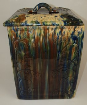 "Majolica Mottled Bread Dough Box With ""bread"" On Lid,"