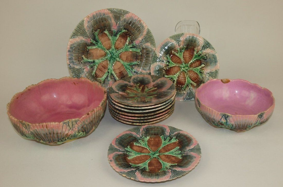 Etruscan Majolica shell & seaweed lot of 12 plates,