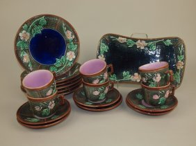 """Majolica Wild Rose And Rope Dessert Set With 6 - 8 1/2"""""""