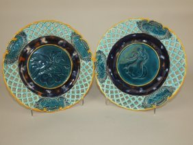 Wedgwood Majolica Pair Of Plates With Fruit Center And