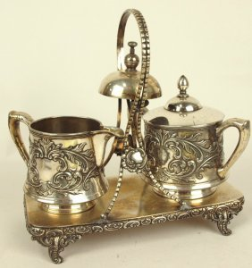 Rogers Silver Plate Cream & Sugar On Stand With Call