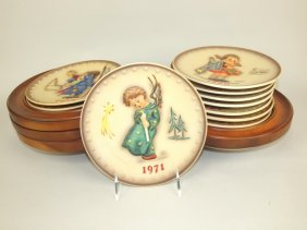 Hummel Lot Of 21 Annula Plates: 1971-74, 1976-89, 1991,