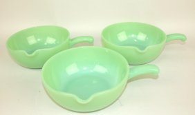 Fire King Jadeite Set Of 3 Skillets With Pour Spouts