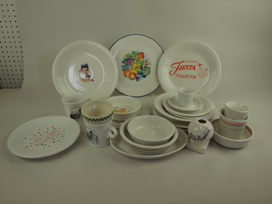 Fiesta Post 86 lot of 22 white pieces, some with decals