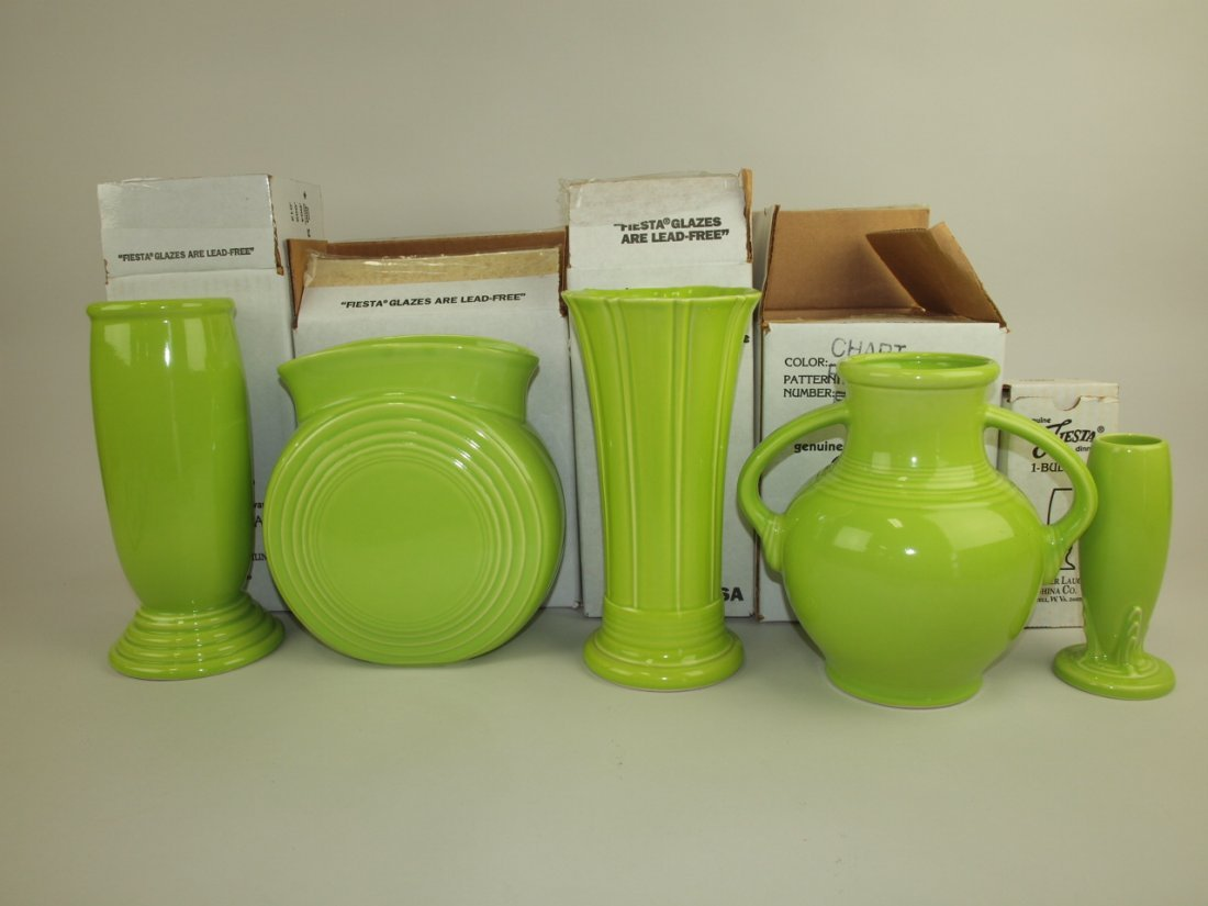 Fiesta Post 86 chartreuse group of 5 vases: Millennium