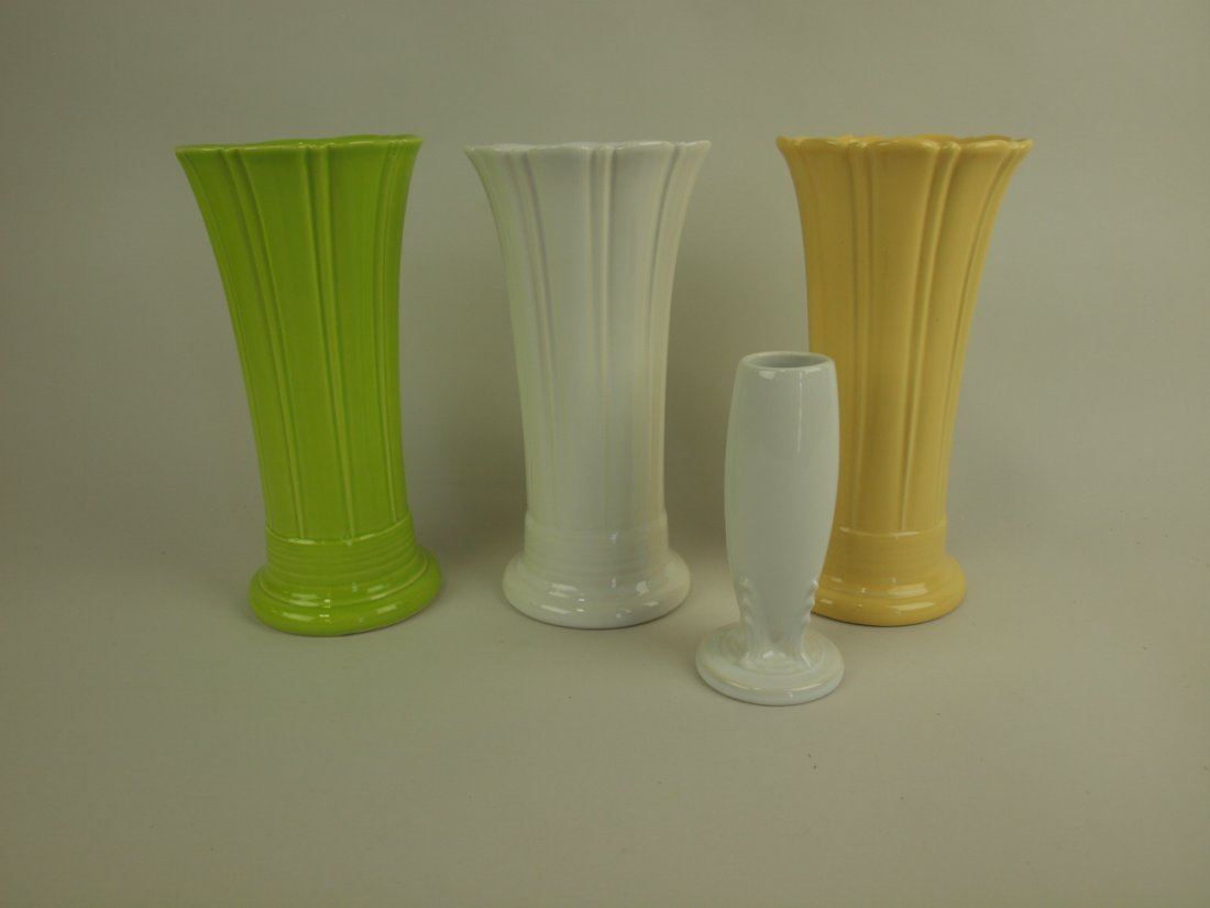 Fiesta Post 86 vase group: medium-chartreuse, white,