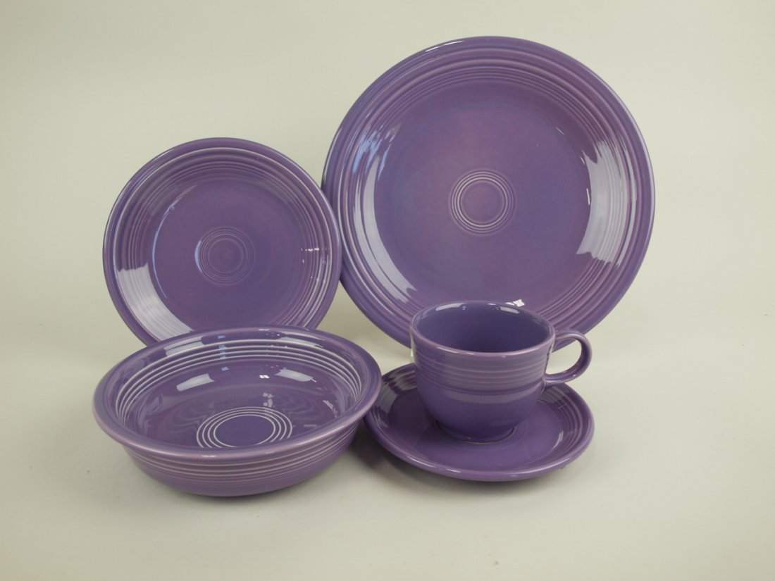 Fiesta Post 86 lilac 5 piece place setting, NIB