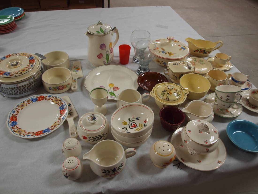 Homer Laughlin & other makers lot of assorted dishes,