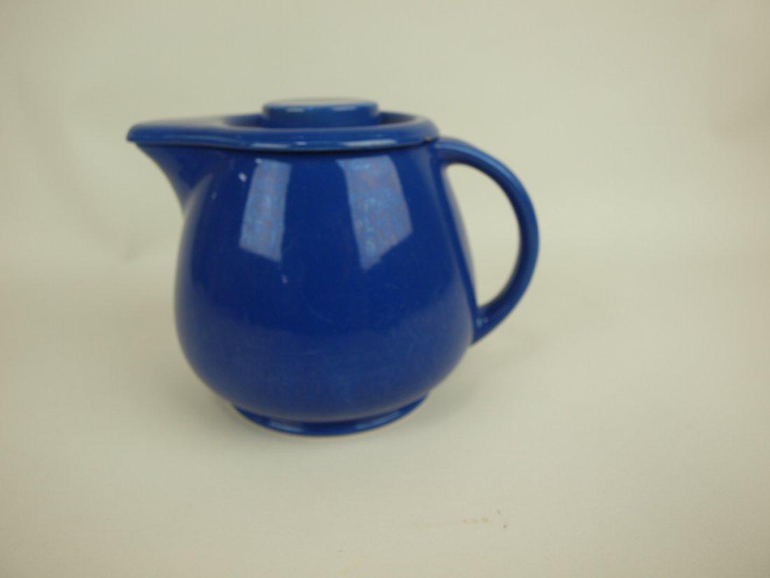 Fiesta Kitchen Kraft cobalt covered jug, chips to lid,