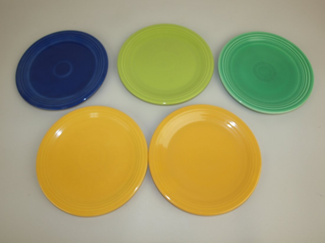 "Fiesta 7"" plate group, 5 mixed colors"