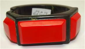 Bakelite red and green hinged Art Deco bangle bracelet