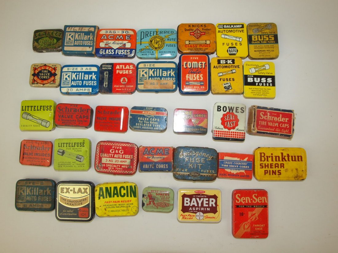 Large lot of advertising tins for automotive fuses,