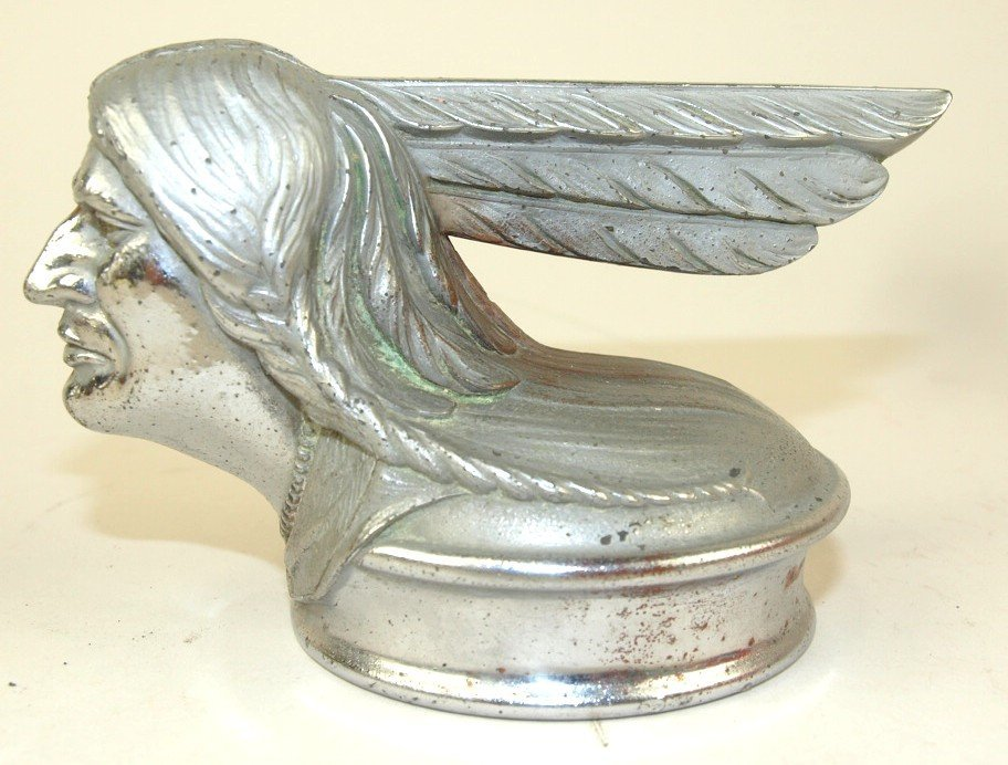 1928 Pontiac hood ornament radiator cap