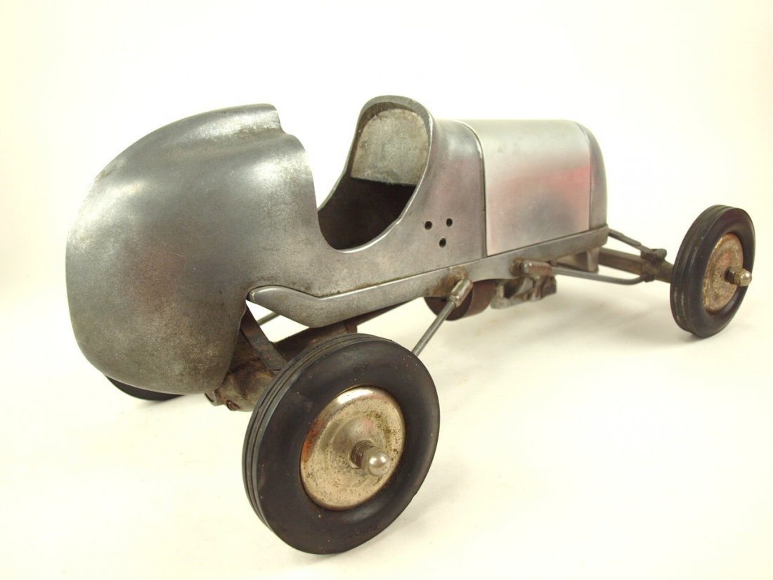 "RARE Bremer Whirlwind Tether race car engine, 17 1/2"" - 4"