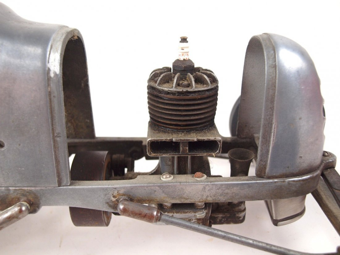 "RARE Bremer Whirlwind Tether race car engine, 17 1/2"" - 5"