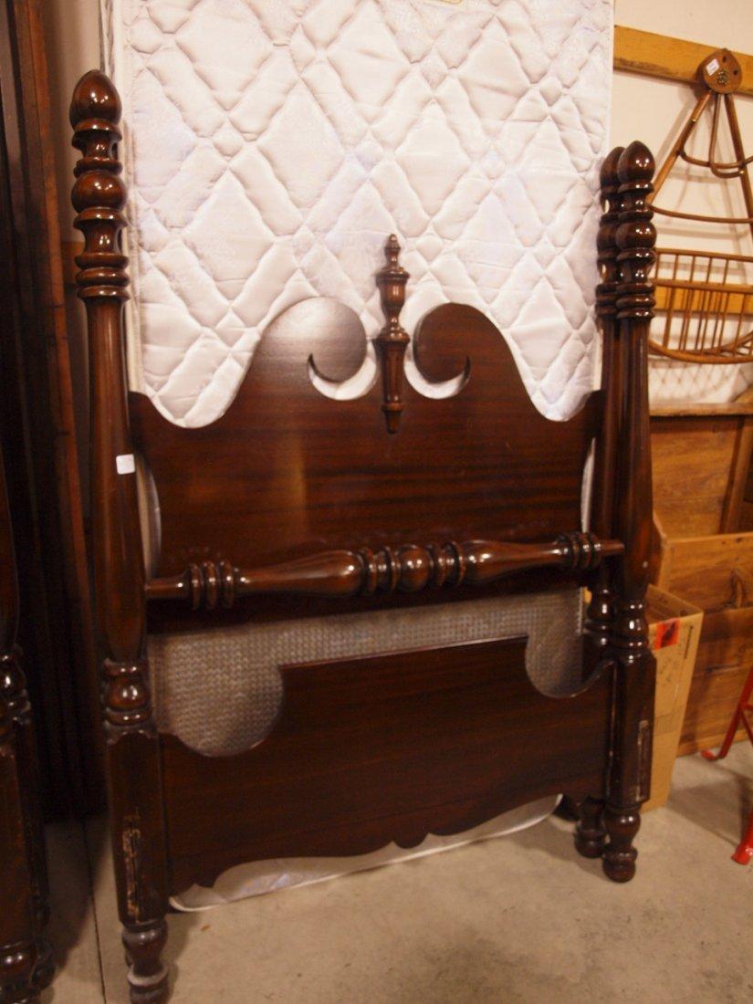 Pair mahogany poster twin beds - 3