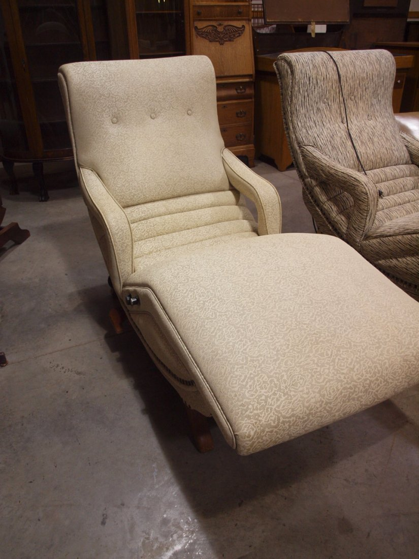 Mid century modern contour lounge massage chair with