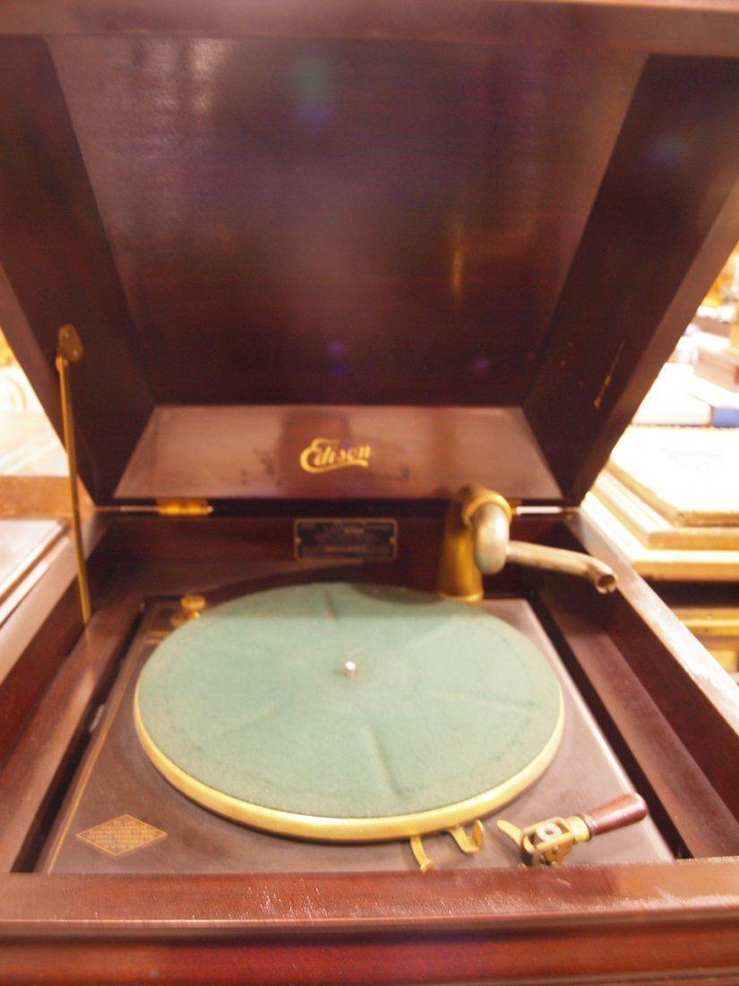 Edison mahogany phonograph, missing parts - 2