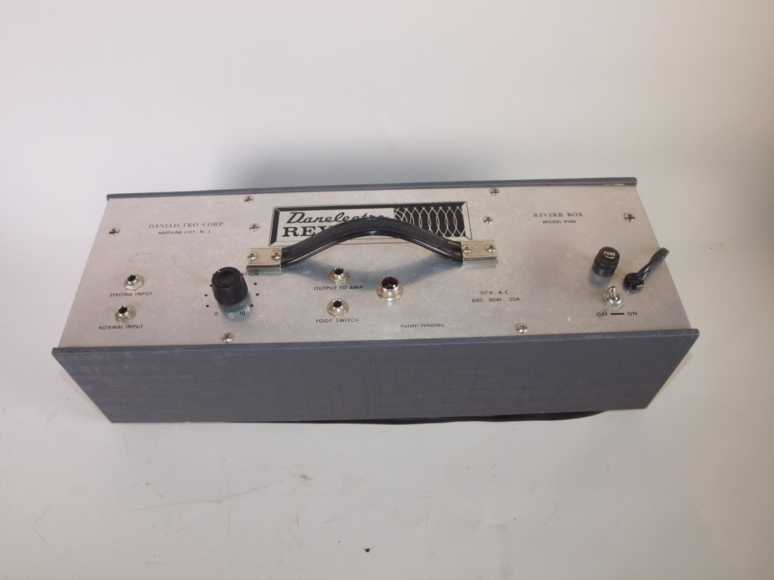 Danelectro Reverb Box Model 9100 vintage guitar amp