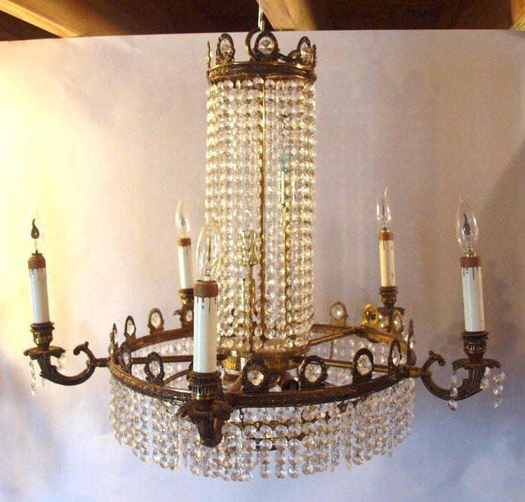 "Crystal chandelier, 24""d"
