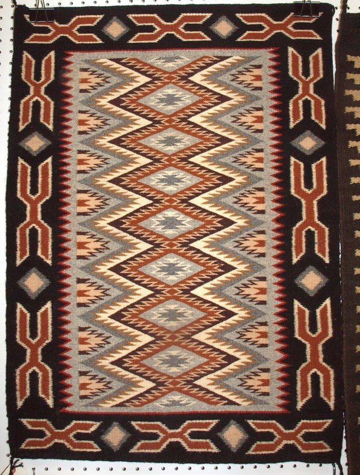 "Navajo Indian rug 25"" x 35"""