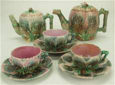 Etruscan majolica shell & seaweed lot of 2 teapots and