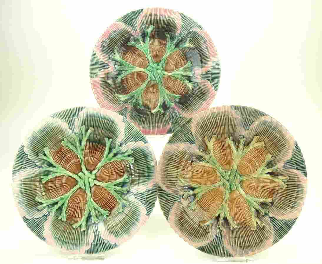 """Etruscan majolica set of 3-8"""" shell and seaweed plates,"""
