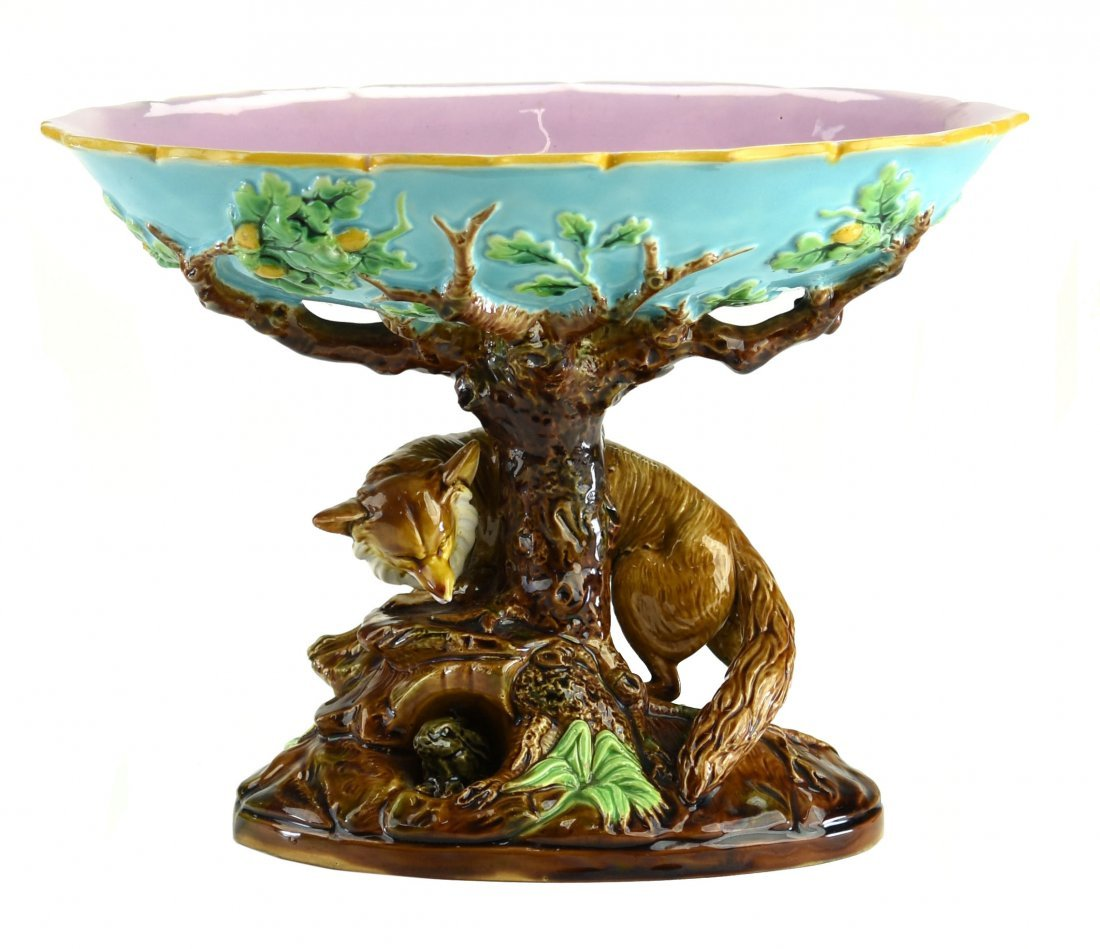 A George Jones Majolica Compote c.1875 Modeled as a