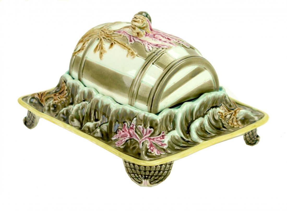 A Rare Wedgwood Argenta 'Floating Barrel' Sardine Dish