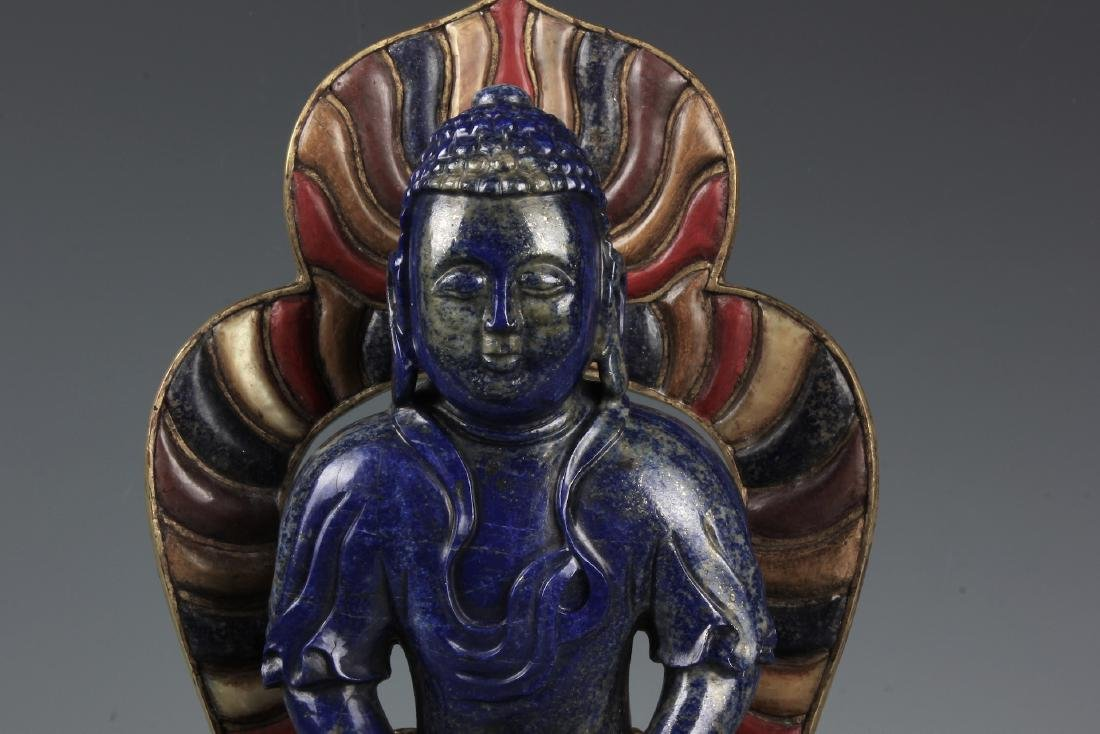 A CHINESE CARVED LAPIS FIGURE OF AMITAYUS WITH CINNABAR - 3