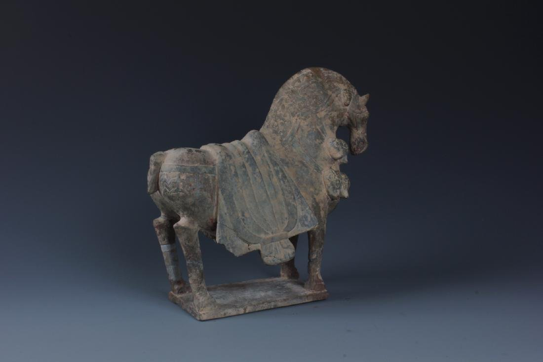 A FINELY CARVED CHINESE STONE FIGURE OF HORSE - 2