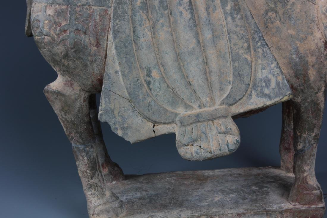 A FINELY CARVED CHINESE STONE FIGURE OF HORSE - 8