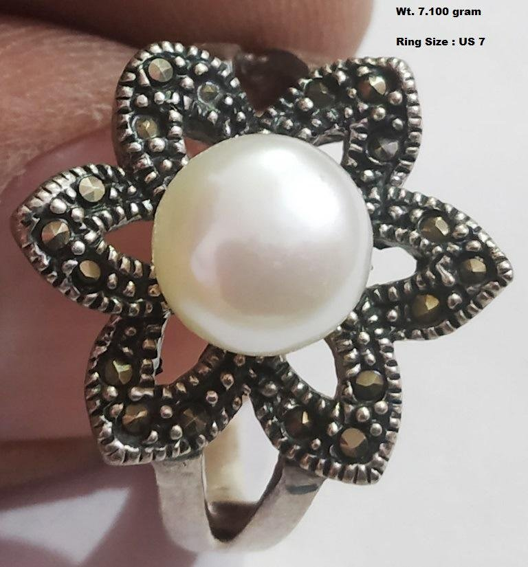 925 Sterling Silver Ring with Marcasite & Pearl