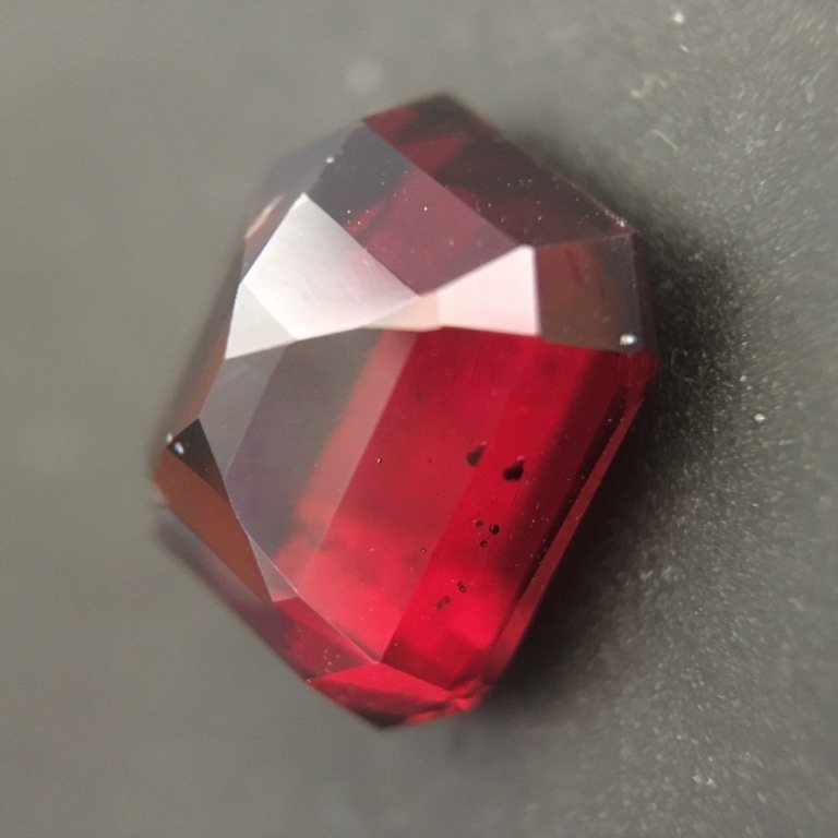 5.9 CTS Natural unheated Red garnet - 2