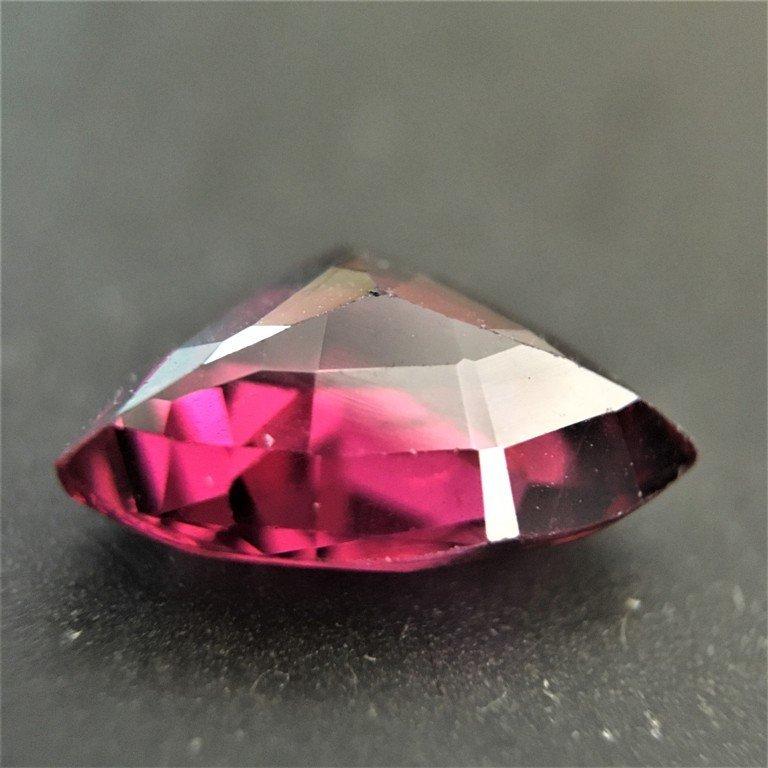 3.23 CTS Natural unheated Pinkish red GARNET - 4