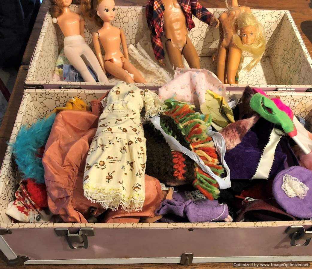 1966 Barbie Doll & Ken For Parts, Trunk Full of Clothes - 4