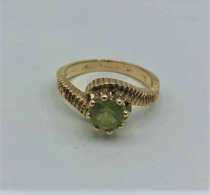14 K Yellow Gold Ring with Peridot