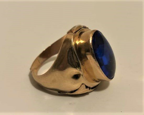 18 K Yellow Gold Man's Ring Large Blue Spinel Stone