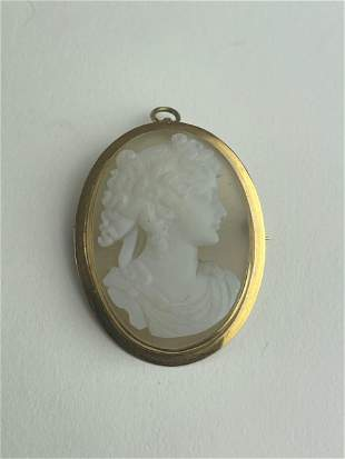 A Fine Agate Cameo in 14k Brooch Pin