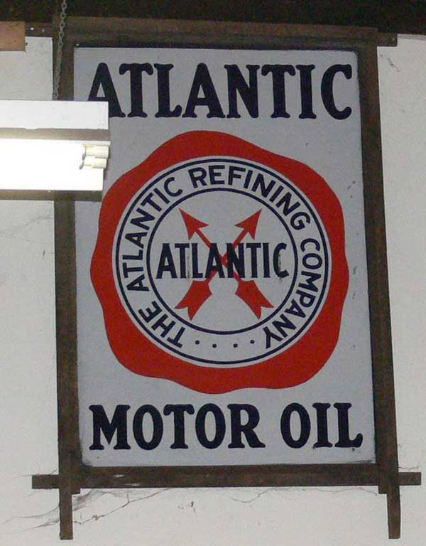 1140: large  Atlantic Motor Oil The Atlantic Refining C