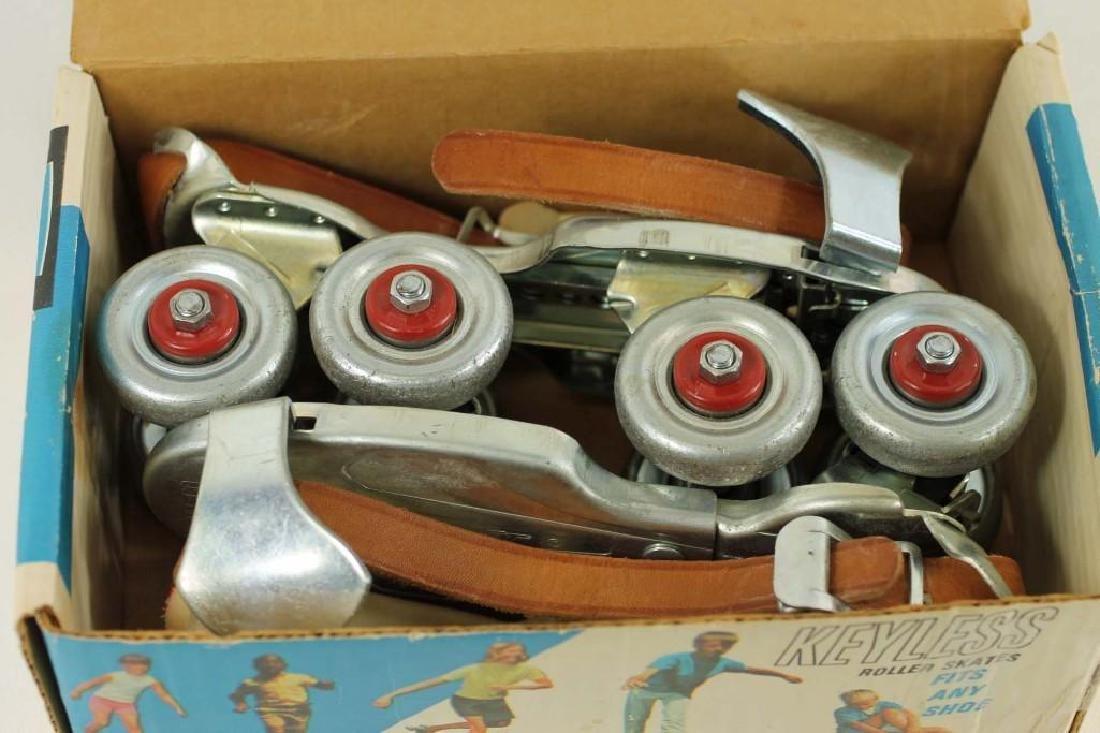 Vintage Jet Set Keyless Roller Skates