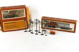 Lot of 2 Tyco HO Scale Model Train Items and Some Elect