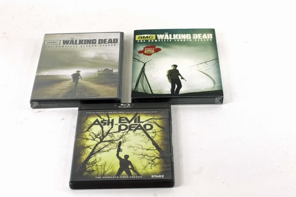 2nd and 4th Seasons of The Walking Dead and 1st Season