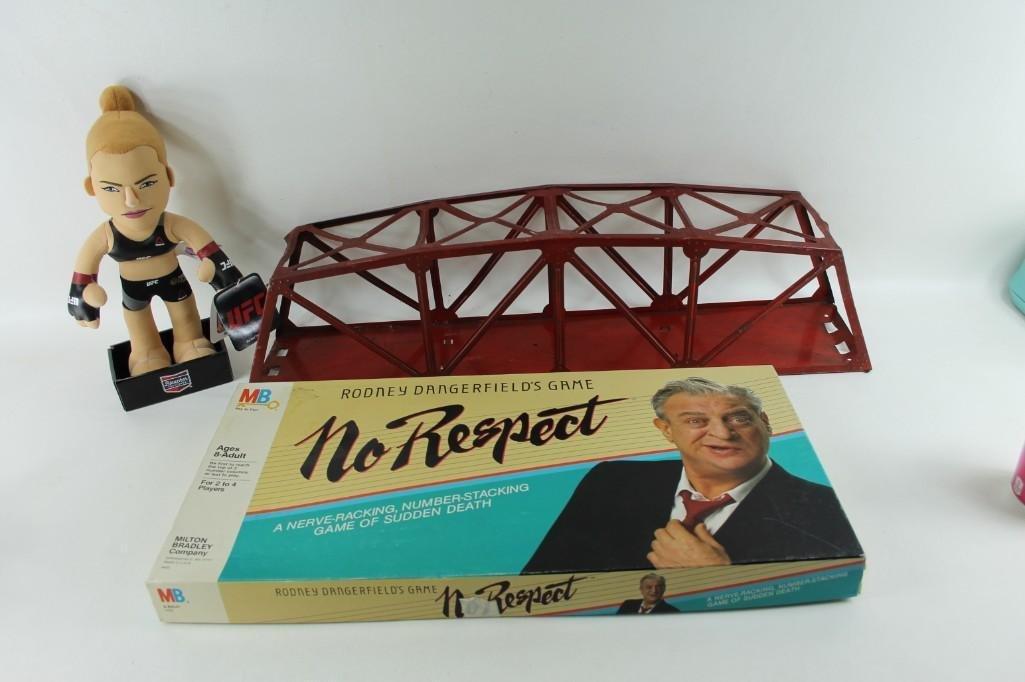 Misc. Lot Rodney Dangerfield's No Respect Board Game,